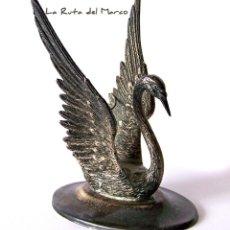 Antigüedades: CALIENTA COPAS DE ALPACA - CISNE - CORTASA ALPACA. Lote 147388502