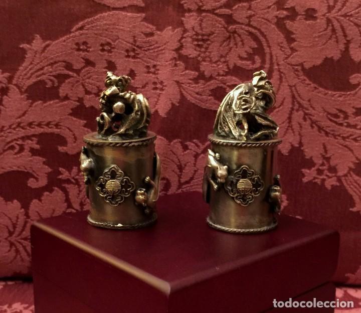 PAREJA DE DRAGÓN Y AVE FÉNIX EN PLATA TIBETANA - 220 GRAMOS. (Antigüedades - Hogar y Decoración - Figuras Antiguas)