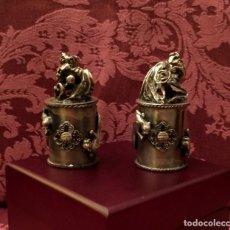 Antigüedades: PAREJA DE DRAGÓN Y AVE FÉNIX EN PLATA TIBETANA - 220 GRAMOS.. Lote 147409378