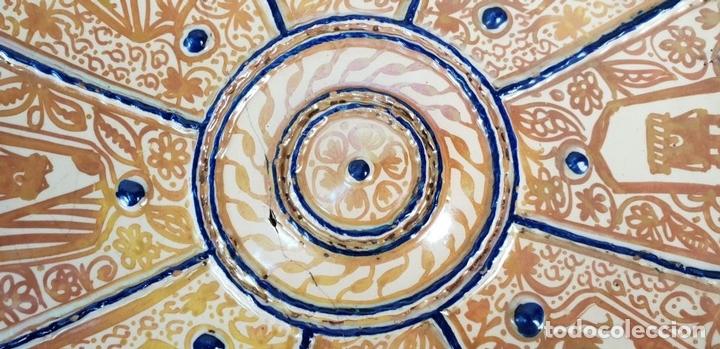 Antigüedades: PLATO DE TETÓN. CERÁMICA ESMALTADA CON REFLEJOS. MANISES. SIGLO XIX. - Foto 7 - 147424634