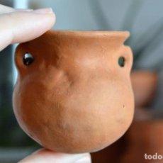 Antigüedades: ANTIGUA JARRA ORZA VASIJA DE BARRO DE 5,5CM DE ALTURA. Lote 147458218