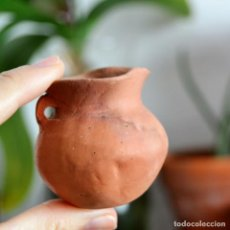 Antigüedades: ANTIGUA JARRA ORZA VASIJA DE BARRO DE 5CM DE ALTURA. Lote 147458446