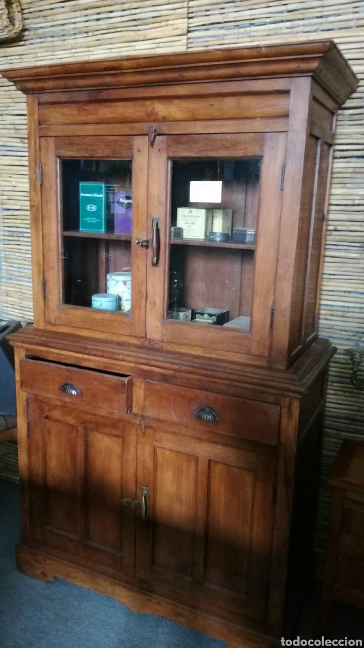 mueble de cocina con cristales - Kaufen Antike Anrichten in ...