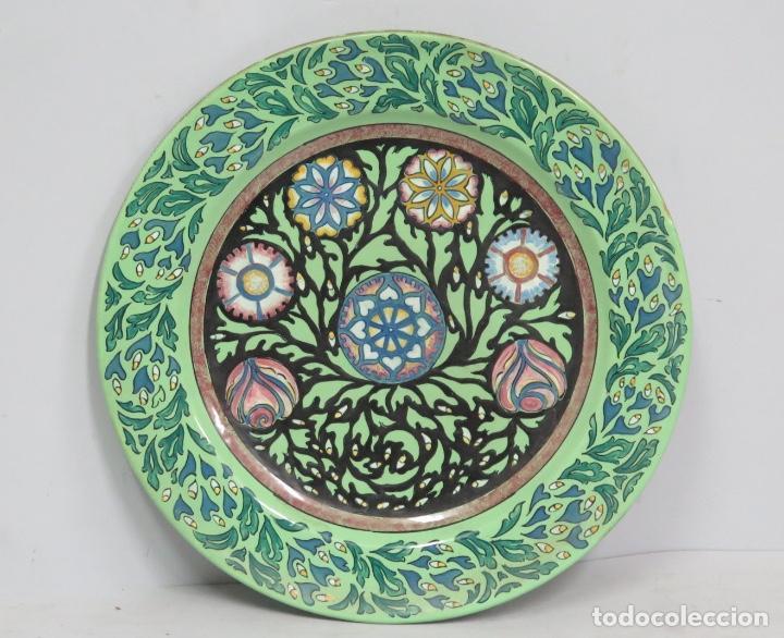 ANTIGUO PLATO MODERNISTA DE CERAMICA DE ALCORA (Antigüedades - Porcelanas y Cerámicas - Alcora)