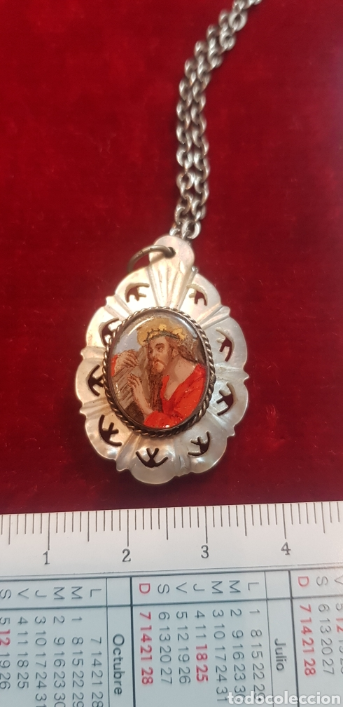 Antigüedades: Medalla religiosa nácar plata pintada a mano Virgen del Pilar Cristo con Cruz tipo relicario cristal - Foto 7 - 147468581