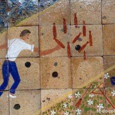 Antigüedades: PANEL DE 20 AZULEJOS DE 11 X 11 CM. JUEGO DE BOLOS DE LA MONTAÑA. FIRMADO: DIEGO. FECHADO: 74. Lote 147473126