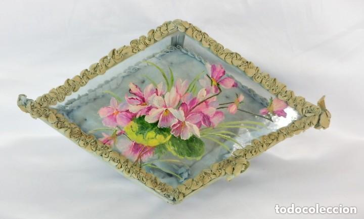 Antigüedades: Joyero caja de tocador guantes victoriano en cristal seda y pintura manual sobre cristal- S XIX. - Foto 6 - 147475862
