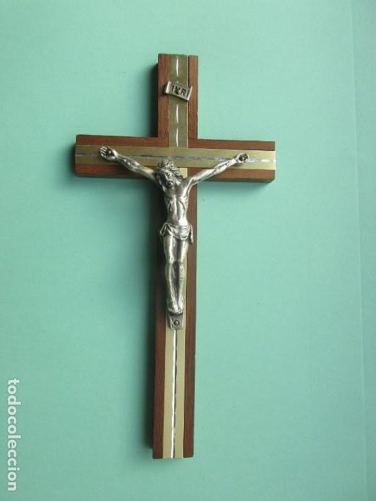 CRUCIFIJO DE FINALES DEL SIGLO XIX (Antigüedades - Religiosas - Crucifijos Antiguos)