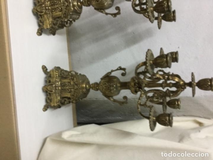 Antigüedades: Pareja candelabros bronce - Foto 2 - 147579422