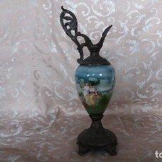 Antigüedades: ANTIGUO JARRÓN DE CERÁMICA Y BRONCE, DEFECTOS. Lote 147579526