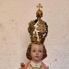 Antigüedades: ANTIGUO NIÑO JESUS DE LA BOLA EN PASTA MADERA. Lote 147583006
