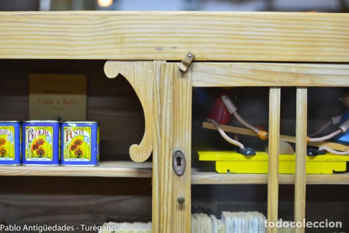 Aparador o alacena de madera antigua - armario rústico - Mueble cocina,  estantería, encimera mármol