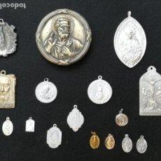 Antigüedades: LOTE DE MEDALLAS Y OTROS. Lote 147590638