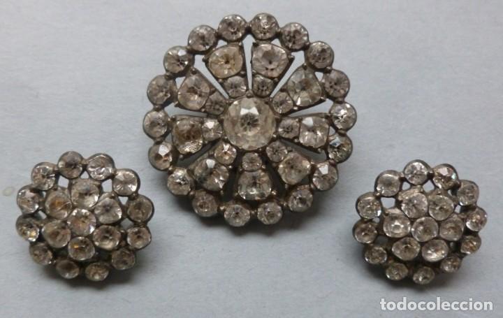 CONJUNTO DE TRES ANTIGUOS BOTONES CON PIEDRAS SEMIPRECIOSAS (Antiquitäten - Mode - Andere Mode und Accessoires)