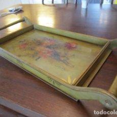 Antigüedades: BANDEJA DE MADERA PINTADA A MANO. Lote 147594446