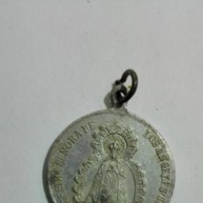 Antigüedades: MEDALLA ALUMINIO, NUESTRA SRA DE LOS ANGELES, GETAFE Y CORAZON SACRATISIMO DE JESUS, MEDIDAS 2,7 CM. Lote 147599538