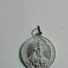 Antigüedades: MEDALLA ALUMINIO, SANTA TERESA DE JESUS Y S. JOANNES, MEDIDAS 2,7 CM. Lote 147600090
