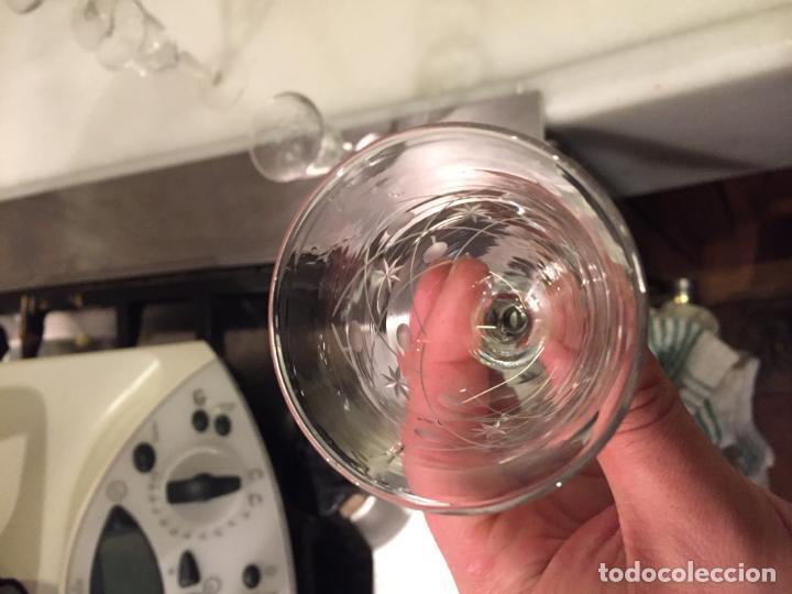 Antigüedades: Antiguas 11 copa / copas de cristal tallado a mano de los años 30-40 - Foto 10 - 147633330