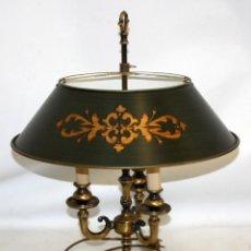 Antigüedades: LAMPARA DE SOBREMESA EN BRONCE. DECADA DE LOS AÑOS 60. Lote 147684450