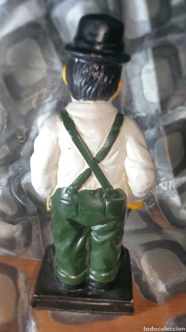 Antiquitäten: Figura policromada de Oliver Hardy - Foto 4 - 147717281