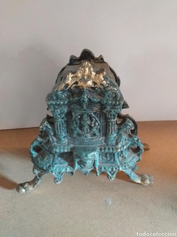 Antigüedades: Lote de piezas para hacer candelabro grande. Bronce pintado de verde, falta in cacillo. - Foto 2 - 147728773
