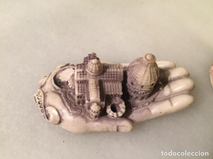Antigüedades: Antiguas 2 mano / manos recuerdo de Pisa con monumentos emblematicos años 70-80 - Foto 3 - 147739050