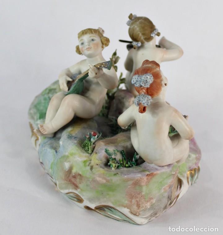 Antigüedades: Preciosa figura de niñas músicas, porcelana alemana de principios del s XX - Foto 3 - 147751494
