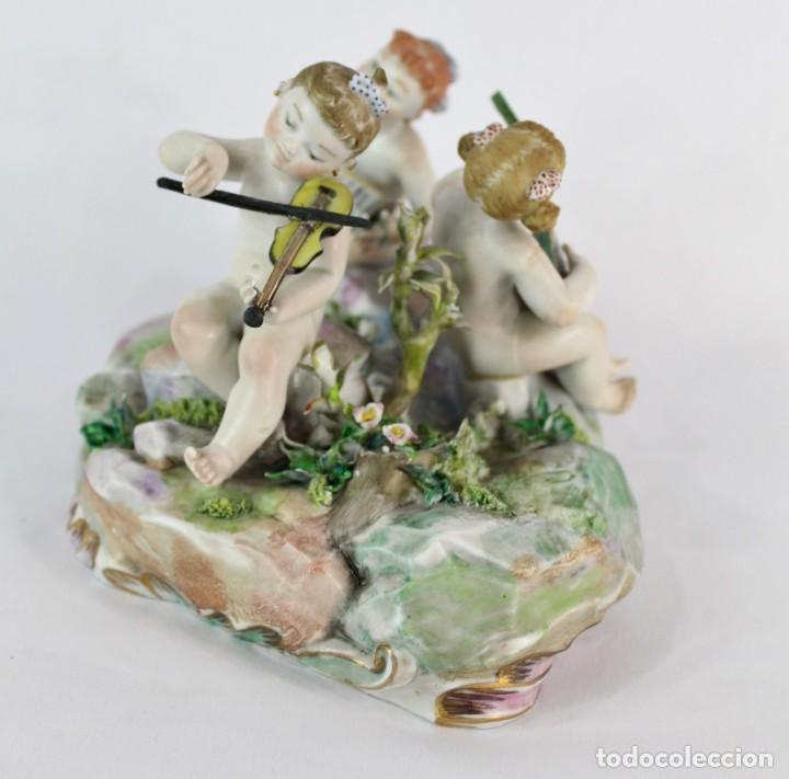 Antigüedades: Preciosa figura de niñas músicas, porcelana alemana de principios del s XX - Foto 4 - 147751494