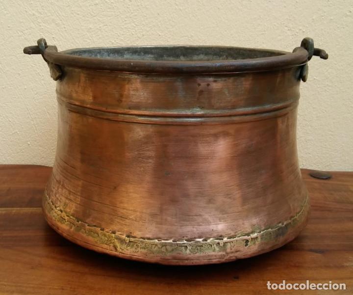 Antigüedades: ANTIGUA OLLA O CALDERO DE COBRE - Foto 4 - 147766454