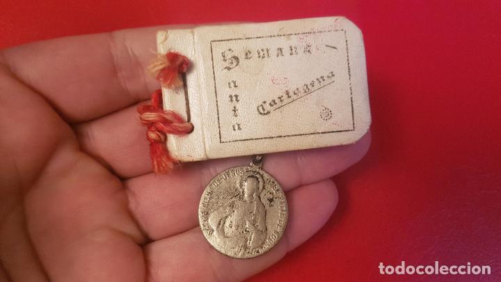 ANTIGUO RELICARIO ESCAPULARIO SEMANA SANTA CARTAGENA Y MEDALLA (Antiquitäten - Religiöse - Antike Medaillen)