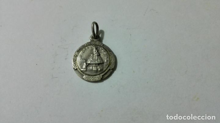 MEDALLA DE PLATA, NTRA SRA DEL CUBILLO, MEDIDAS 1,2 CM (Antigüedades - Religiosas - Medallas Antiguas)