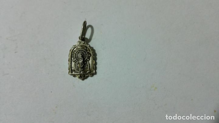 MEDALLA DE PLATA, NTRA SRA DEL PILAR, MEDIDAS 7 X 10 MM (Antigüedades - Religiosas - Medallas Antiguas)