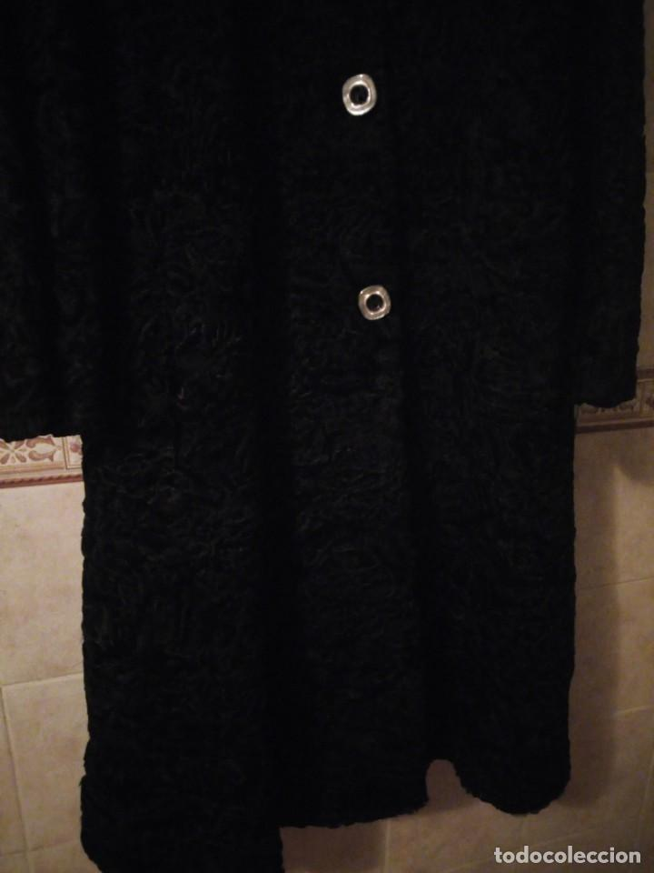 Antigüedades: abrigo de astracán autentico de los años 40-50. - Foto 3 - 147774274
