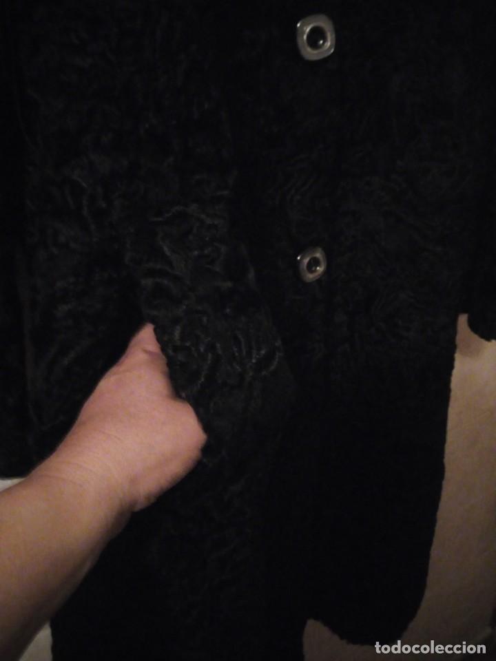 Antigüedades: abrigo de astracán autentico de los años 40-50. - Foto 7 - 147774274