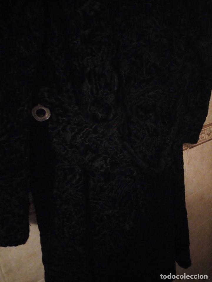 Antigüedades: abrigo de astracán autentico de los años 40-50. - Foto 10 - 147774274