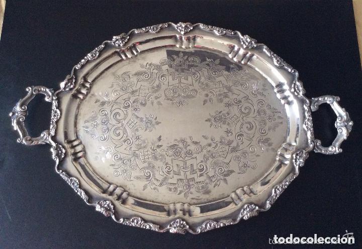 BANDEJA CON BAÑO DE PLATA ,GRAN TAMAÑO-60X40 CM (Antigüedades - Hogar y Decoración - Bandejas Antiguas)