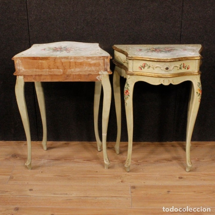 Antigüedades: Pair of lacquered and painted Venetian bedside tables - Foto 7 - 147778466
