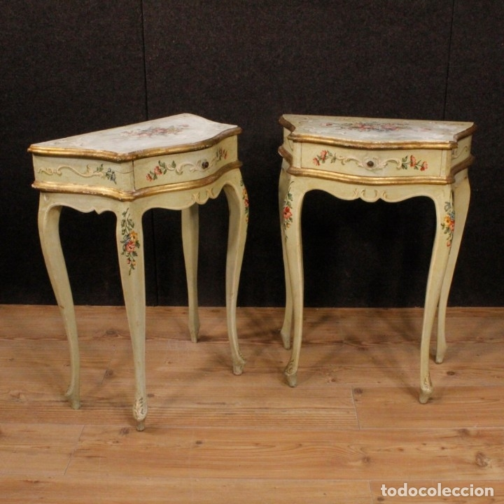 Antigüedades: Pair of lacquered and painted Venetian bedside tables - Foto 11 - 147778466