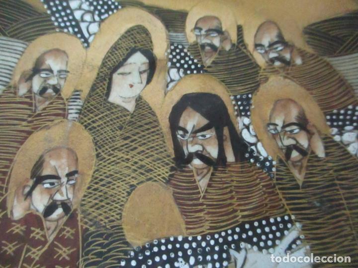 Antigüedades: Antiguo Juego de Café - Porcelana Oriental - Dorada y con Personajes - Sello en la Base - Foto 11 - 147829934