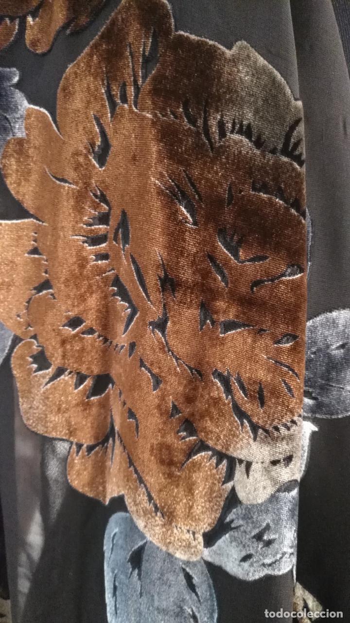 Antigüedades: gran pañuelo chals manton rectangular flecos hechos a mano 75% seda natural flores filo terciopelo - Foto 10 - 147838214