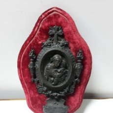 Antigüedades: BENDITERA S XIX SOBRE PANOPLIA. Lote 147858698