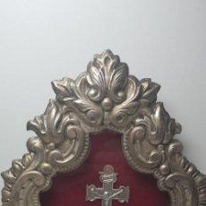 Antigüedades: RELICARIO CON CRUZ DE CARAVACA.. Lote 147859274