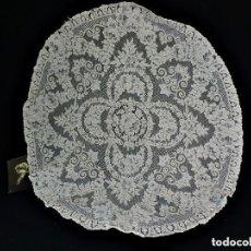 Antigüedades: 1407 TAPETE DE ENCAJE DE ALENÇON VELO ENCAJE PPS S XX 82 CM . Lote 147911426