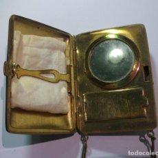 Antigüedades: ANTIGUO SET DE MAQUILLAJE , PRECIOSA PIEZA DE COLECCIONISMO, VER FOTOS. Lote 147957358