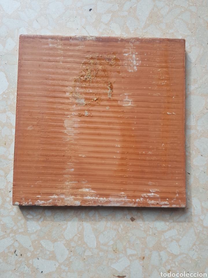 Antigüedades: Azulejo baldosa pintada a mano de 15 x 15 motivo ave. - Foto 3 - 147987460