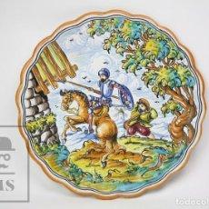 Antigüedades: PLATO DE CERÁMICA DE TALAVERA - FIRMADO S. TIMONEDA - DON QUIJOTE Y SANCHO PANZA CON LOS MOLINOS. Lote 148000630