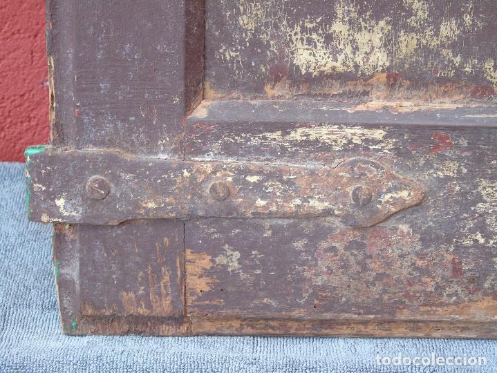 Antigüedades: ANTIGUA HOJA DE VENTANA, CUARTILLO DE MADERA DE PINO, CON SUS HERRAJES DE HIERRO. PARA RESTAURAR. - Foto 5 - 148002806