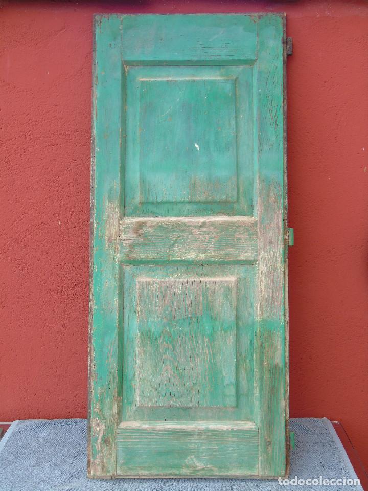 Antigüedades: ANTIGUA HOJA DE VENTANA, CUARTILLO DE MADERA DE PINO, CON SUS HERRAJES DE HIERRO. PARA RESTAURAR. - Foto 8 - 148002806