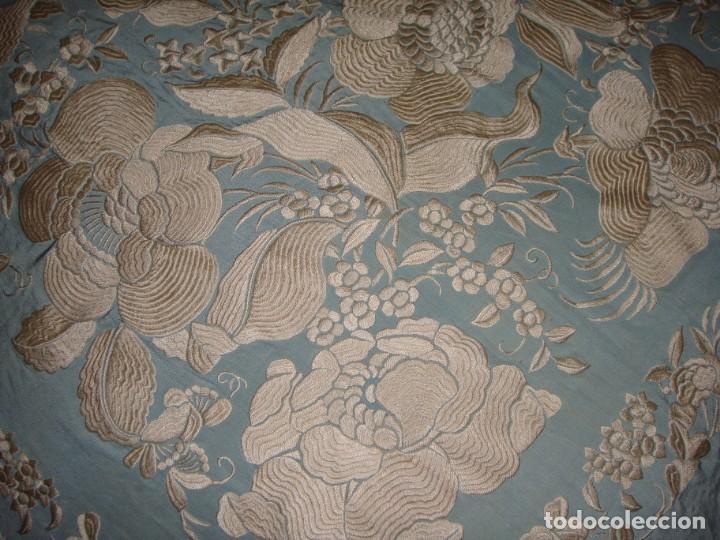 Antigüedades: Precioso Mantón de Manila. S.XIX. Seda. Bordado a mano. - Foto 8 - 148006290