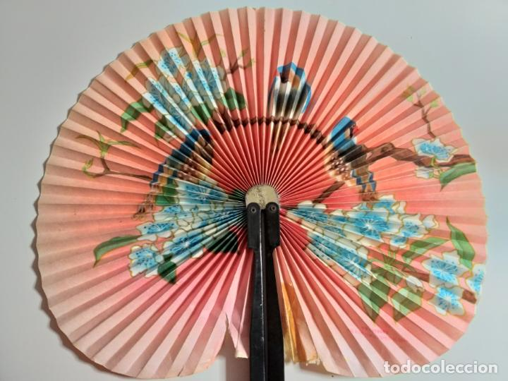 Antigüedades: ABANICO CHINO PAI PAI. PLEGABLE. PAPEL Y METAL - Foto 2 - 148038630
